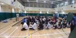 동아리 연합워크숍에 참가한 청소년들이 프로그램에 참여하고 있다