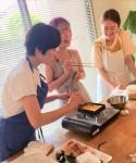 후쿠오카 일본인 가정집에서 일본식 도시락인 벤또와 계란말이 등 가정요리를 같이 만드는 임씨 자매