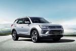 쌍용자동차가 엔트리 패밀리 SUV 코란도 가솔린 모델을 출시했다