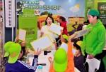 한국암웨이가 뉴트리라이트 건강지킴이 부스에서 건강지킴이 영양 골든벨을 진행하고 있다