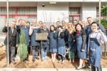 서울 정심초등학교에 조성한 유럽연합숲 조성에 참여한 유럽연합 의장국 핀란드 대사 H.E. Eero Suominen 및 회원국 대사들이 기념사진을 찍고 있다