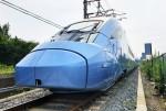 현대로템이 국내 첫 동력분산식 고속열차를 출고했다