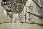 참파 쿠룩세트라의 HVDC 변전소 밸브 홀 내부