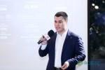 티치미캐시 CEO 일리야 다닐렌코가 2019년 베이징에서 개최된 KOL 서밋에서 연설을 하고 있다