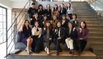 국제아로마테라피임상연구센터 전문강사진이 단체 기념사진을 찍고 있다