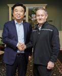 산둥 루이 회장 야푸 키우와 더 라이크라 컴퍼니 CEO 데이브 트레로톨라