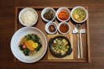 호텔 서울드래곤시티가 봄맞이 제철 봄나물 코스와 비빔밥 즐기는 봄봄봄 이벤트를 선보인다