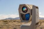 플리어 레인저 HDC MR은 내장된 분석 및 고급 이미지 처리를 사용하여 악천후 시에도 불법 활동을 탐지할 수 있는 새로운 감시 표준을 설정함으로써 운영자가 실제 위협과 잘못된 경보를 신속하게 구분할 수 있다