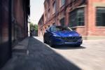 현대자동차가 올 뉴 아반떼를 세계 최초 공개했다