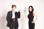 왼쪽부터 비고라이브 앱 내 이벤트 Mr & Ms BIGO 우승자인 BJ 미누, BJ뽀미가 화보 촬영을 진행하고 있다