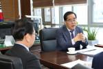 한국법무보호복지공단 신용도 이사장이 취임 2주년을 맞아 그간의 성과와 앞으로의 비전에 대해 말하고 있다