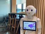아카에이아이가 로봇을 통해 효과적인 영어 학습 및 학생 관리를 할 수 있는 '뮤즈 아카데미 모드'의 페퍼 버전을 출시했다