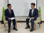 사진 왼쪽부터 제10회 미래일터안전보건포럼에서 김병진 법무법인 사람 안전문제연구소장과 임영섭 미래일터연구원 원장이 대담을 나누고 있다