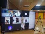 구리시청소년재단이 동구중학교와 연계해 1, 2, 3학년을 대상으로 2020년 2학기 창의적 체험활동 방송댄스 수업을 온라인(영상)으로 진행하고 있다