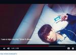 방탄소년단 멤버가 한 전기차 브랜드 테마곡 뮤직비디오에서 카세트MP3를 들고 있다 (사진=서울시: 세운메이드 프로젝트 제공)
