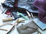 스피디캐스 컴팩트 여성용은 일상 생활과 자연스럽게 어울리는 디자인으로 도뇨를 숨기고 싶어하는 여성들에게 도움을 주기 위해 디자인됐다