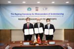 왼쪽부터 박민서 목포대 총장, 아이너 옌센 주한덴마크대사, 유태승 CIP/COP 코리아 대표