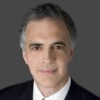제프리 인터내셔널 CEO 및 스티펠 니콜라우스 유럽의 부회장을 역임한 클리포드 시겔이 브라이언 가르니에의 비상임 회장으로 임명됐다