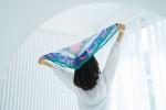 터치포굿은 페트를 새활용 한 수달 스카프를 네이버 해피빈 통해서 출시했다