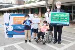 곽재복 서울장애인종합복지관장이 어린이 교통안전 릴레이 챌린지에 참여하고 있다