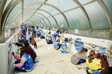 삼성화재 임직원-경인여대 학생들, 서울정진학교에 장애학생 학습용 벽화 제작