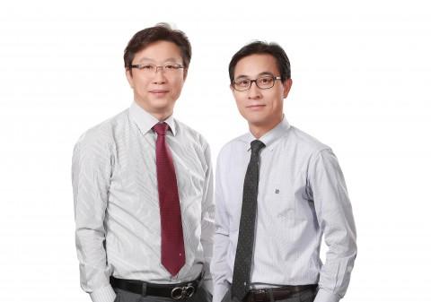 쿠콘 대표이사 장영환(왼쪽), 김종현(오른쪽)