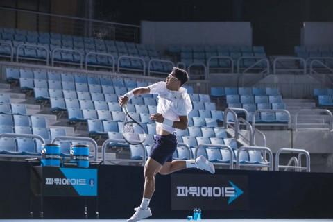 테니스 스타 정현과 함께한 광고 촬영 현장 이미지