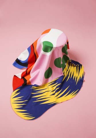 용세라 디자이너의 독특한 감각으로 탄생한 그래픽 타월 Microscopy