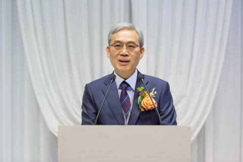 취임사를 낭독 중인 한국에너지기술평가원 임춘택 신임 원장