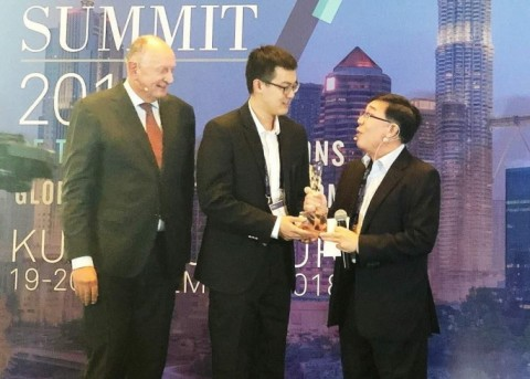 2018 Global Payment Summit에서 SCRY.INFO가 Florin Awards 수상자로 지명되었다