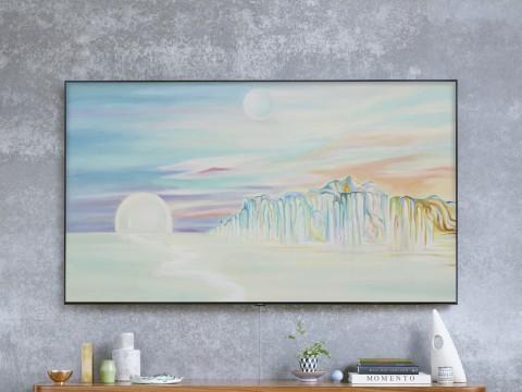 삼성 QLED TV에 시간에 따라 그림의 색채가 달라지는 세계적 아티스트 탈리 레녹스 작품의 매직스크린 모드가 띄워져 있다