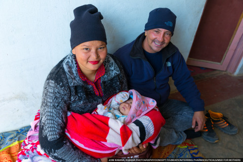 Nepal: Due to postpartum haemorrhage (PPH), Tulasi was rushed to have emergency blood transfusions after childbirth. Her husband Dinesh felt helpless, but thankfully she recovered