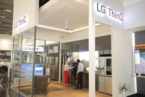 LG전자가 이집트 뉴카이로에 브랜드숍을 오픈했다