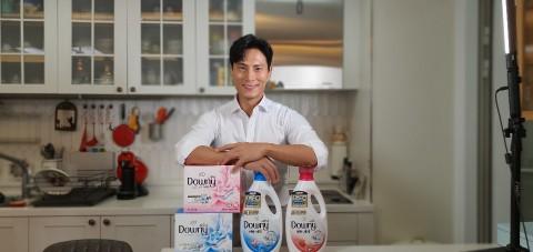 P&G 다우니 세탁 세제 앰배서더 김재우가 재치 넘치는 패러디 영상을 선보였다