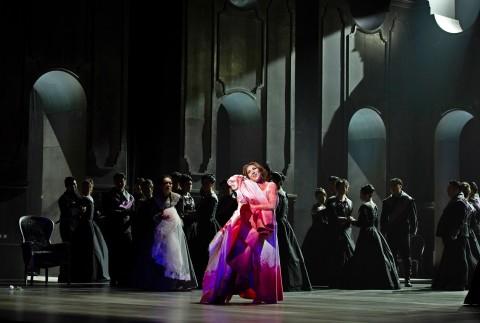 제17회 대구국제오페라축제 개막작 람메르무어의 루치아 공연이 진행되고 있다