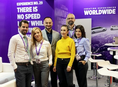 런던 WTM에 참석한 CARWIZ 팀
