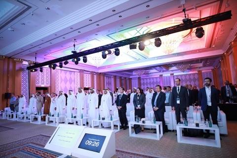 전 세계의 정부 수장, 기관, 전문가, 자동차 제조업체 그리고 기술 개발자들이 두바이 표준측량청 주체 콘퍼런스에 참석했다