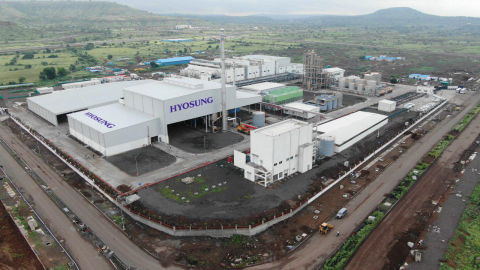 Hyosung Chairman Cho Hyun-joon launches commercial operation of spandex plant in India. Located in the AURIC Industrial Complex near Aurangabad, Maharashtra State, the new plant has annual production capacity of 18,000 tons of spandex, and it occupies a site area of approximately 400,000 square meters