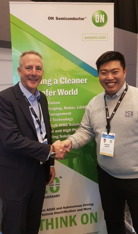 Wade Appleman, Vice President of ON Semiconductor and JiSeong Jeong, CEO of SOS LAB are taking a photo to celebrate MOU at ON Semiconductor booth during CES 2020 (from left)