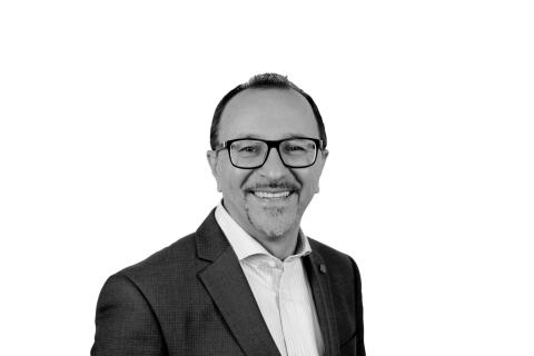 샘 모로바티는 델타큐 테크놀로지스의 글로벌 판매 성장과 고객만족을 감독하게 된다