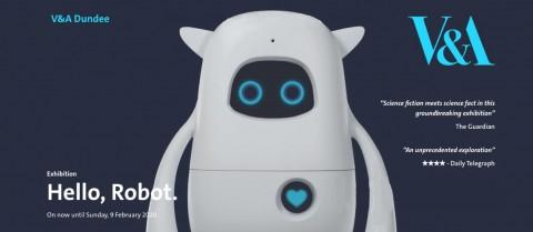 영국 V&A 박물관의 '인간과 기계의 상호 작용에 관한 디자인' 전시에서 AKA의 '뮤지오'가 메인 로봇으로 전시된다