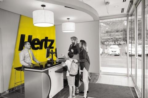 허츠가 2020 전 세계 가장 윤리적인 기업으로 렌터카 업계 최초로 선정되었다
