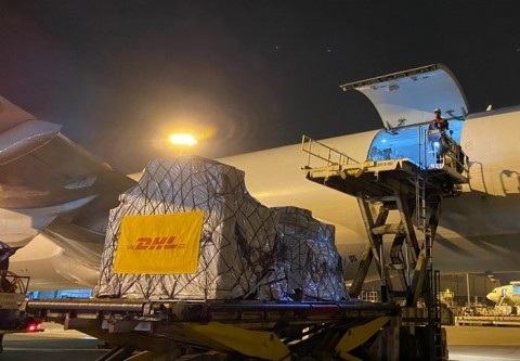 DHL글로벌포워딩코리아가 약 130만개 이상의 코로나19 진단키트를 항공 수송했다