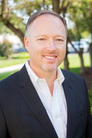 피터 오스틴이 필라델피아에 기반을 둔 맞춤형 엔지니어링 커넥터 및 케이블 솔루션 설계와 조립 분야의 글로벌 리더인 PEI 제네시스의 부사장 겸 COO로 임명됐다