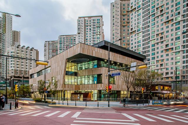금천구시설관리공단이 운영하는 금나래문화체육센터