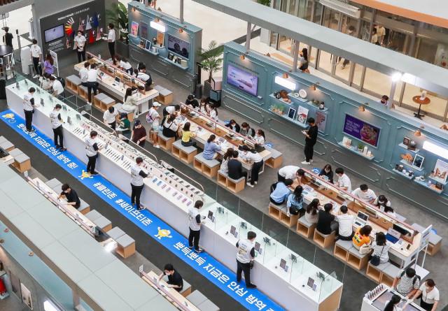 삼성전자가 오픈한 서울 영등포 타임스퀘어 '갤럭시 노트20 스튜디오' 전경