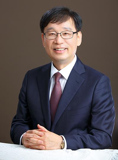 건국대 백현동 교수