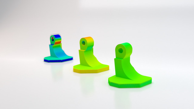 Simufact Additive의 금속 바인더 제팅 모듈은 왜곡 보정된 결과를 시뮬레이션된 부품과 최초 CAD 지오메트리 간 편차(파란색·빨간색 - 불량, 녹색 - 양호)로 보여준다