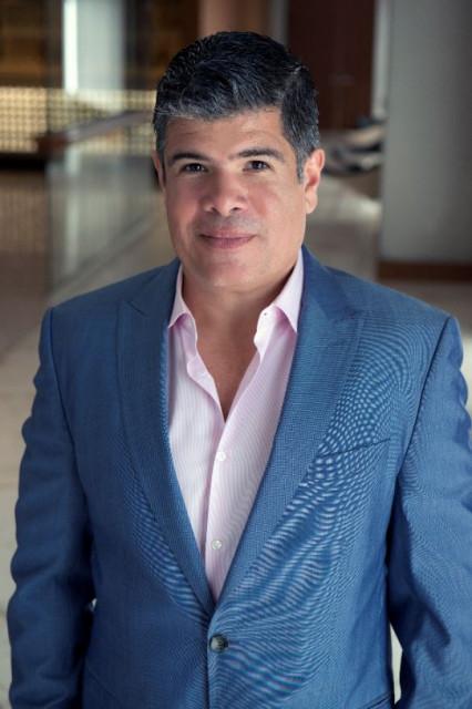 마우리치오 베르가라가 패트론의 최고운영책임자오 임명되었다