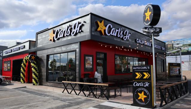 해외 1000호점을 개점하는 CKE 레스토랑